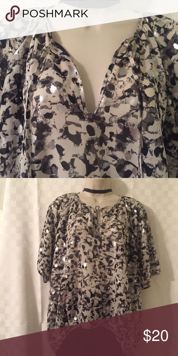 Ruby Rd - black/gray/white/silver metallic blouse Ruby Rd - black/gray/white/silver metallic blouse size 12P, 100% polyester Ruby Rd Tops Blouses