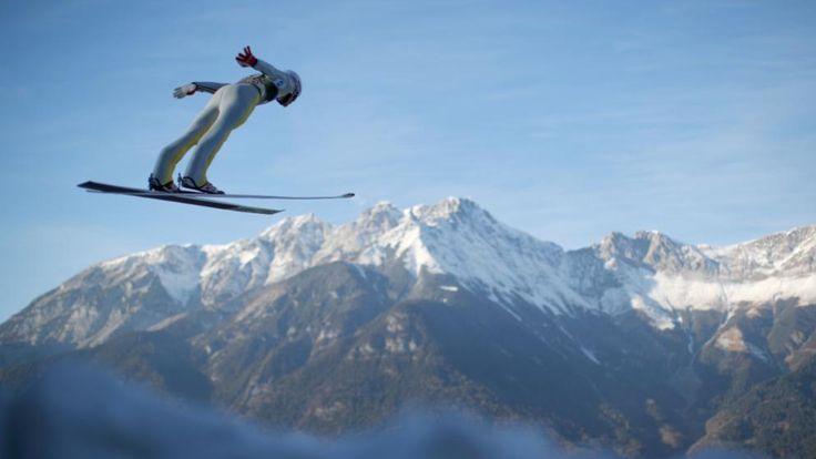 Gipfelstürmer: Daniel Andre Tande aus Norwegen bei der Qualifikation zum Springen der Vierschanzentournee in Innsbruck
