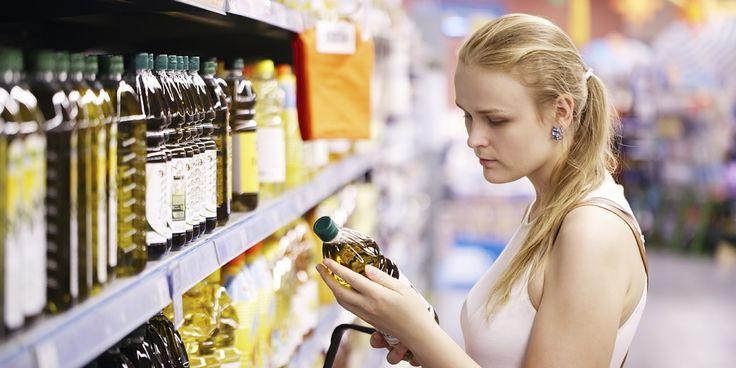 Bak je weleens inextra vierge olijfolie? Zonde! Door de olie te verhitten verlies je een groot deel van de smaak. Ermee frituren kanzelfs ongezond zijn. Extra vierge olijfolie is de beste kwaliteit en daarom de duurste en lekkerste olijfolie. Behalve dat dit type olijfolie - net als gewone olijfolie trouwens -stijf staat van deonverzadigde vetzuren,…