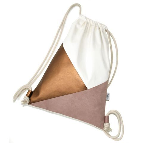 "Gym Bag ""Trinity""   #handmade #zassa #turnsack #vegan #österreich #gymbag #backpack #rucksack #fashion #beutel #tasche #handcrafted #dawanda #turnbeutel #sewing #rosa #triangle #altrosa #bag    #jutebeutel #dreiecke #design #nähen  #grafik #denim #kupfer #shop"
