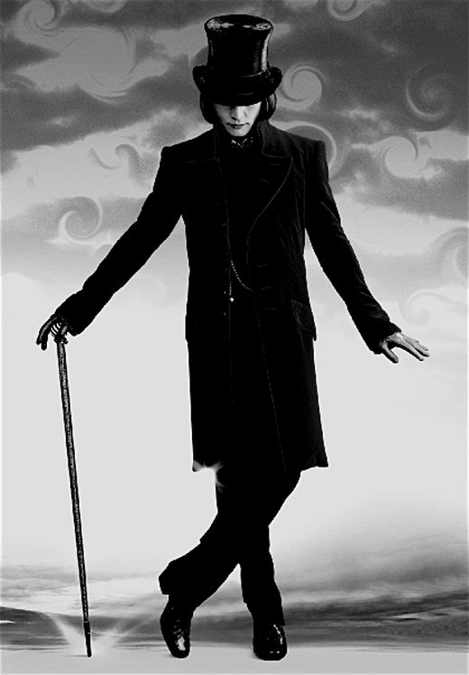 Love Johnny Depp in Charlie and the Chocolate Factory and everything else he's been in...