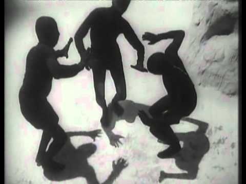 Ritwik Ghatak - (1974) Jukti Takko Aar Gappo -- introduction