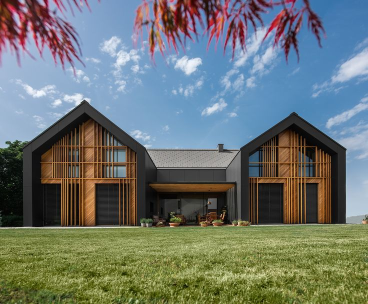 House XL by SoNo Arhitekti, gabled architecture, large family houses in Slovenia, contemporary family homes, cross laminated timber architecture
