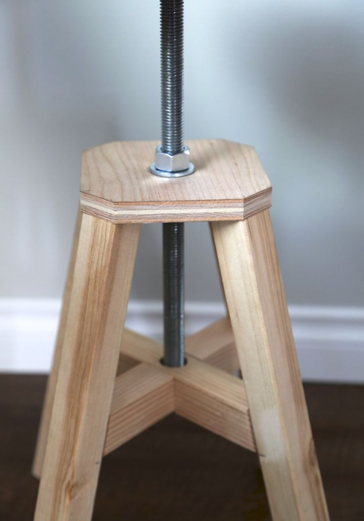 25+ Unique Workbench Stool Ideas On Pinterest | Woodshop Tools, Tinkereru0027s  Workshop And Workshop Bench