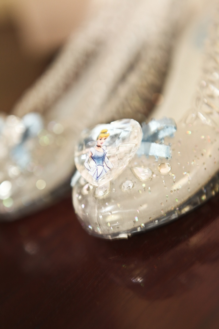 Glass slippers - Dressing to the theme