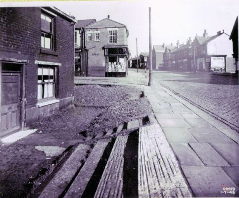 The Hollow, Chorley Old Road with Victory Street on the left 1949