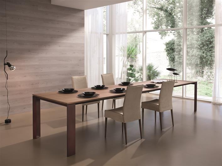 Zeus table