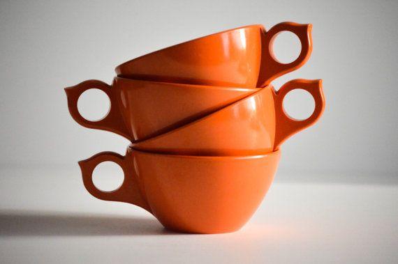 Set of 4 Melmac Orange Coffee Cups Melamine by RidingTandemStudios