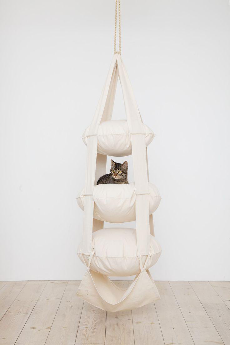 die besten 25 katzen spielplatz ideen auf pinterest katzen wand katzen wandregale und katze. Black Bedroom Furniture Sets. Home Design Ideas