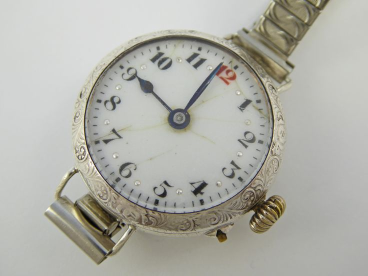 WW1 Era 1918 Sterling Silver Trench Style Wrist Watch with Swiss Movement - The Collectors Bag