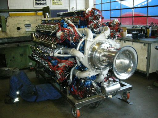 147.1 litre, 10,000 hp Zvezada M503A engine with a 126 spark plugs and a 168 valves [512 x 384] other shots in comments.