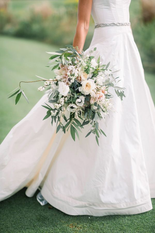 bouquet with anemones, peonies, lisianthus, and garden roses | Tim Will