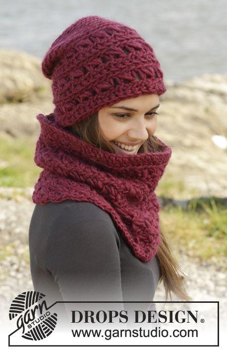 """Cozy Crimson - Gorro y cuello de ganchillo DROPS con punto de escoba en """"Eskimo"""". - Free pattern by DROPS Design"""