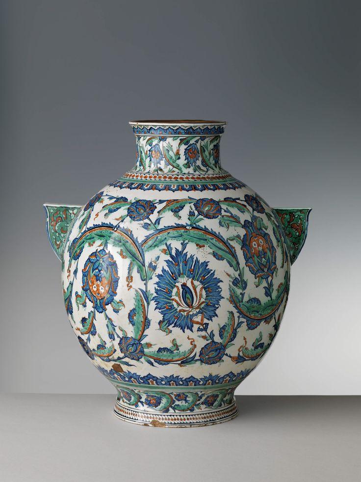 Grande vaso biansato - Cantagalli - 1883 - Firenze, Museo Stibbert