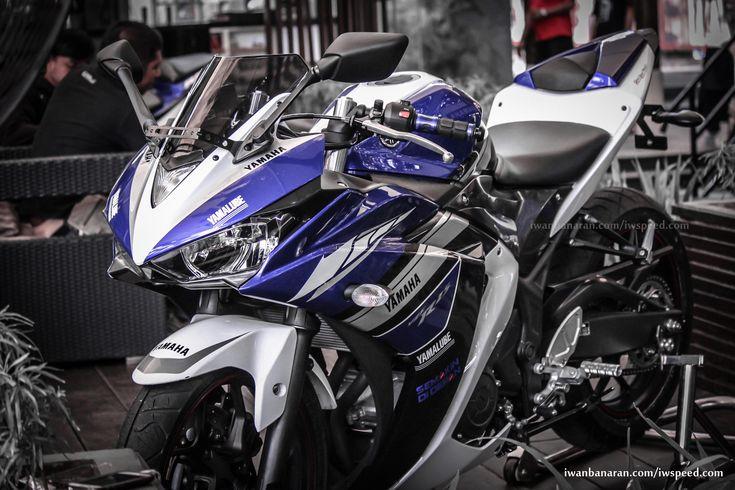 Yamaha-YZF-R25-images