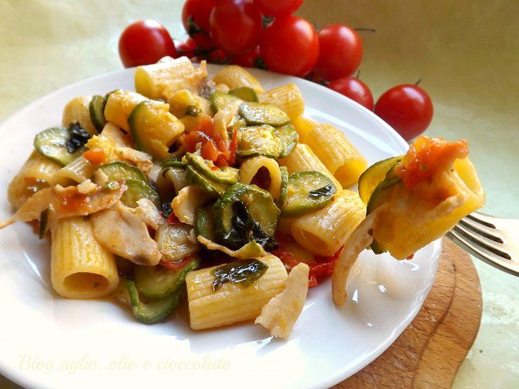 Pasta Zucchine e Pesce Spada http://blog.giallozafferano.it/rocococo/pasta-zucchine-e-pesce-spada/
