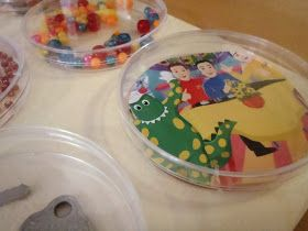 A Little Learning For Two: Magnifier Discovery Board
