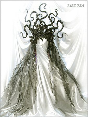 MEDUSA I must have this gorgeous outfit for my costume... It might be a little over the top but I don't care I want it!