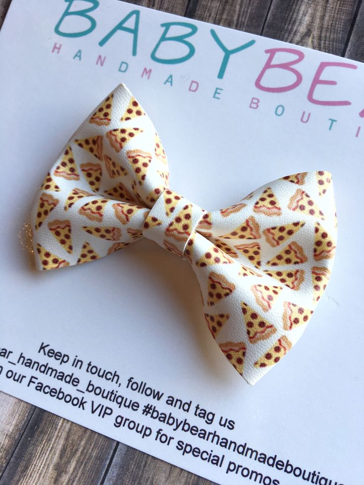 Pizza Bow, Faux Leather Bow, Tween Stocking Stuffer, Girls Bow, Girls Accessories by BabyBearHandmadeB on Etsy https://www.etsy.com/ca/listing/572268623/pizza-bow-faux-leather-bow-tween