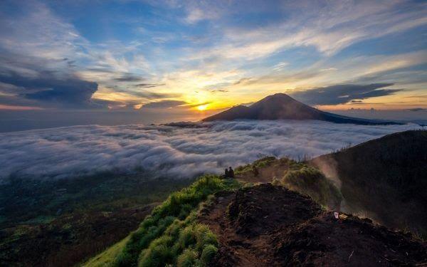 Paling Keren 30 Lukisan Pemandangan Di Kintamani Paket Wisata Kintamani Bali Download Download Pantai Sindhu Sanur Pantai D Di 2020 Pemandangan Bali Pariwisata