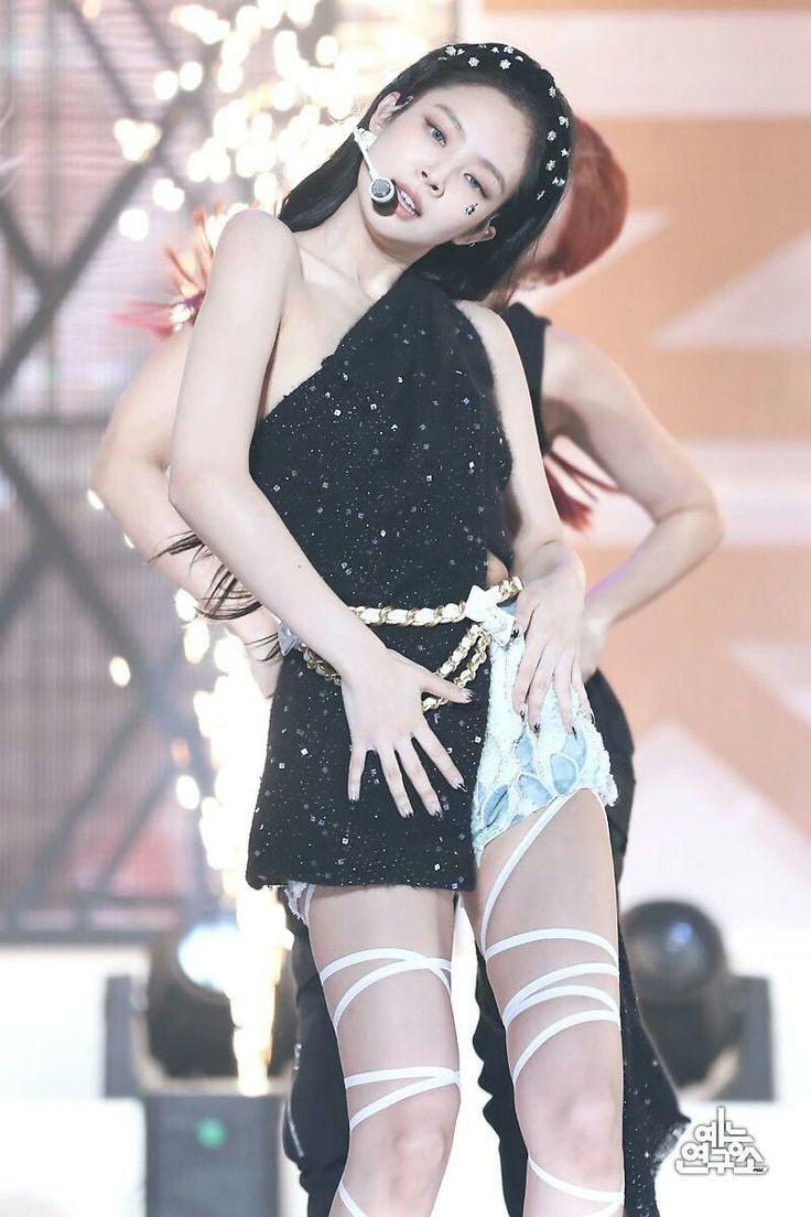 Pin by blackpink rosè on 블랙핑크ღ BLΛƆKPIИK | Stage outfits, Kpop outfits, Blackpink  jennie