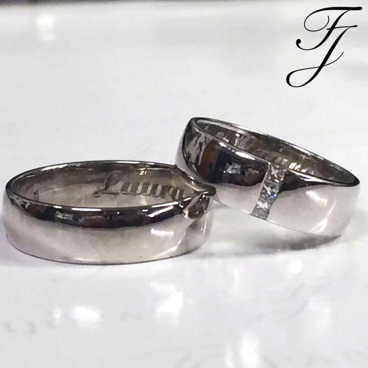 """Tus Argollas de Matrimonio no tienen que coincidir, eso si, deben ser complementarias y decir algo sobre el hecho de que las dos personas que las llevan están """"juntos"""".  #WeddingBandsColombia #ArgollasDeMatrimonioCali #ArgollasDeMatrimonioColombia"""