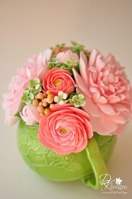 Gumpaste flowers!! Amazing