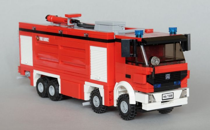 1000 ideas about lego truck on pinterest lego lego. Black Bedroom Furniture Sets. Home Design Ideas