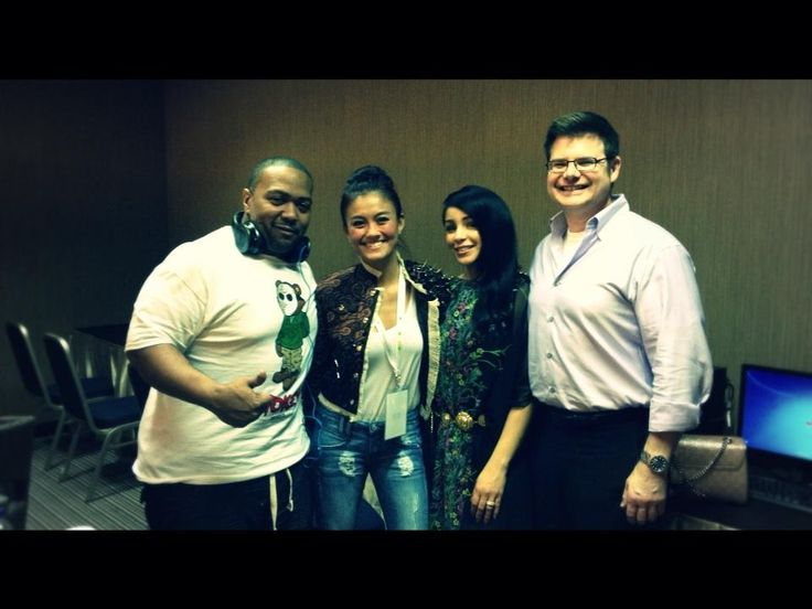 Timbaland, Agnes Monica, Monique, and Jeff at Green room