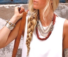 Side braid: Style, White Shirts, Long Hair, Arm Bracelets, Chunky Jewelry, Longhair, Messy Braids, Side Braids, Chunky Necklaces
