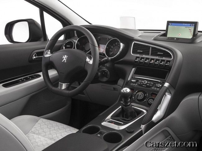 2018-2019 Peugeot sales of well-read updated crossover 3008 in Russia