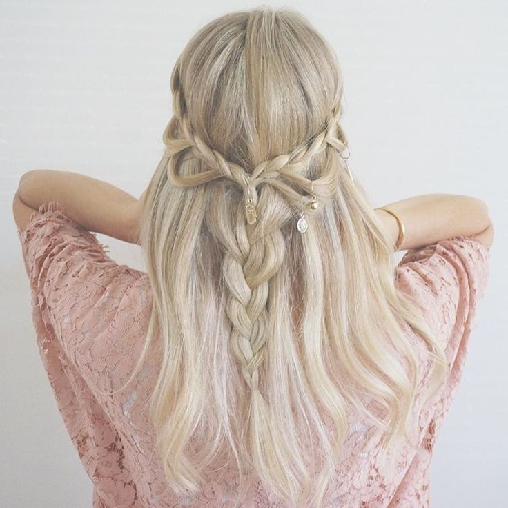 Loop braids with some hair jewlery  love this hairstyle for summer festivals ✌️#loopbraid#braid#braids#festivalhair#festivalhairstyle#blonde#blondehair#festivalinspo#boho#bohochic#bohohair#hairstyle#hairinspo#hairinspiration#howtodohair#hudabeauty