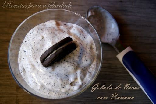 Craving something a little sweet? We have got you covered with this Banana and Oreo Mousse. Featuring crushed oreos and fresh banana, this creamy dessert is easily whipped up in a blender. Use frozen bananas for a thicker texture. The silky smoothness of the banana cream is contrasted wonderfully with the crunch of crushed oreos for a dessert that is satisfying on all fronts. Ready in 20 minutes, this Banana and Oreo Mousse is best served immediately.