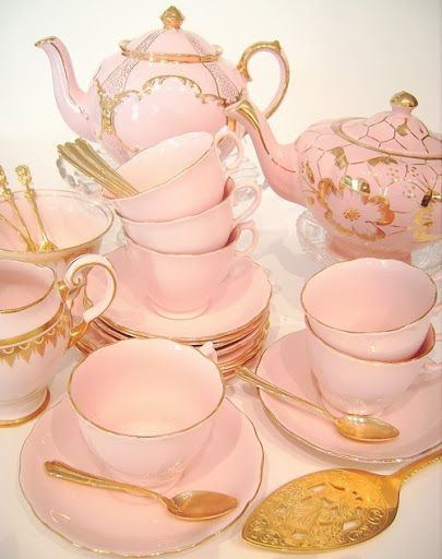 Love the idea of a sophisticated afternoon tea hen party but filled with alcohol!