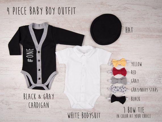 #ONE primer cumpleaños niño traje  Este conjunto de ropa de bebé niño incluye chaqueta, traje, sombrero y UNA pajarita de color a su elección.  El conjunto está disponible para comprar con chaqueta de punto llano: https://www.etsy.com/listing/511516483/black-bow-tie-cardigan-set-baby-boy?ref=shop_home_active_1  RESUMEN DE REBECA: 100% algodón Negro y gris Manga larga Frontal de sujeción para fácil encendido/apagado Doble aguja cosió para la durabilidad Color...