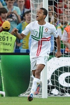 Nani reacts after scoring a penalty