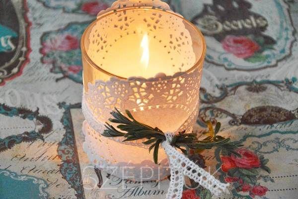 Romantika, hangulat, világítás. Elegáns mécsestartó vizespohárból, villámgyorsan