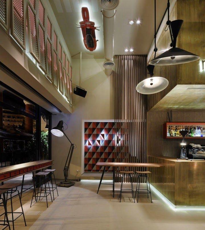 O13 CAFE, por Minas Kosmidis