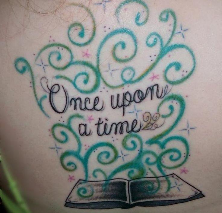 tattoo-schriften-frauen-buch-offene-seiten-spruch