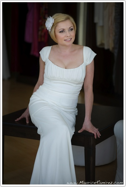 wedding dress...simple & classy and classic