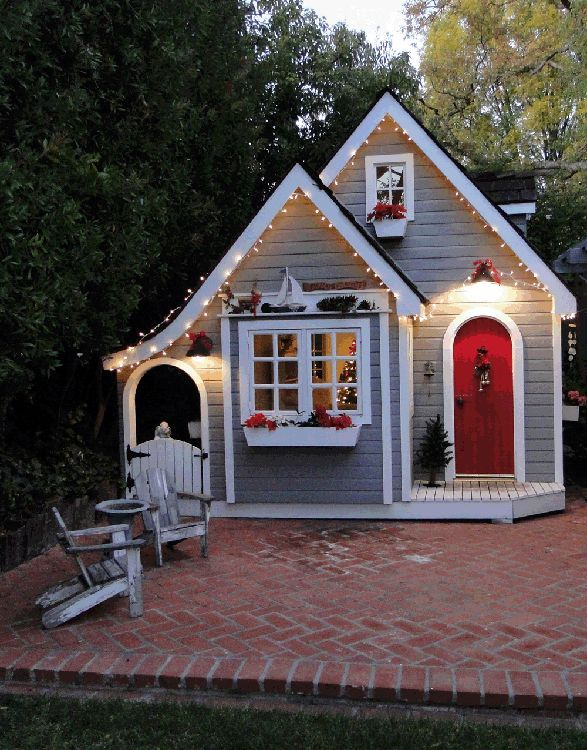 73 best diy outdoor kids playhouses images on pinterest for Diy outside playhouse