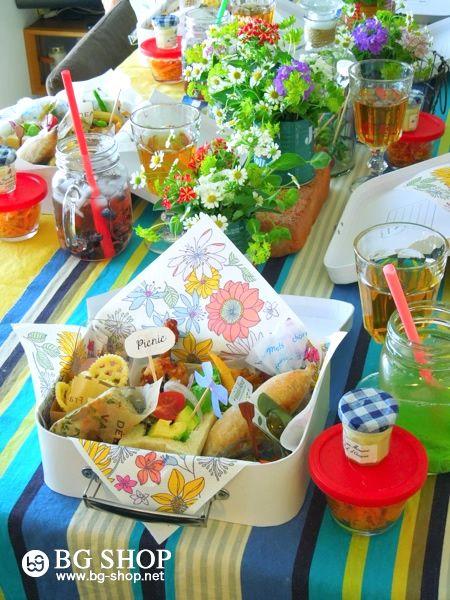 流行りのグラスジャーで♪ ピクニック気分のテーブルコーデ  : ママ&キッズのおうちでパーティー☆