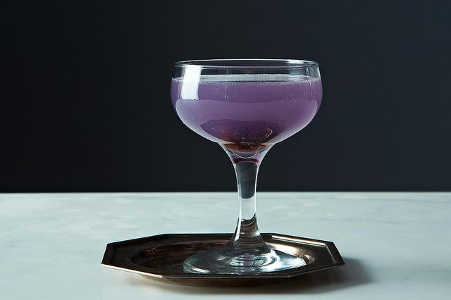 The Aviator: Gin and Cream de Violet cocktail. My favorite liquor and my favorite liqueur! A match made in heaven...