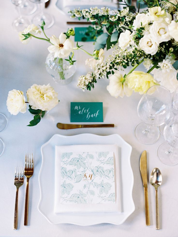 green and white garden inspired tablescape | Photography: Ryan Ray