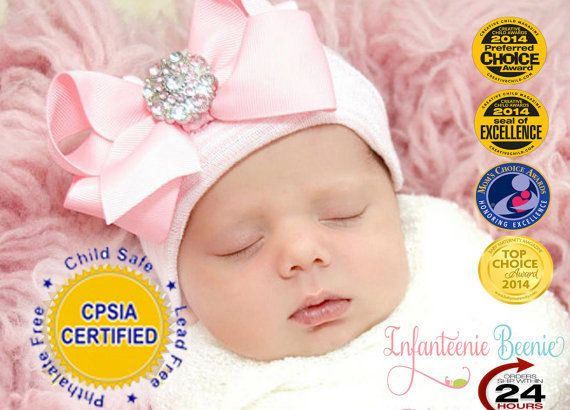 NEWBORN GIRL take home outfit Newborn Beanie White and Pink