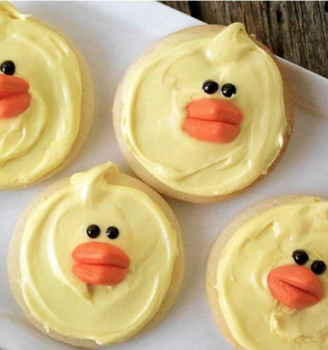 Duck face cookies