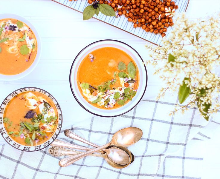 Butternut Squash, Carrot & Ginger Soup | Vegan