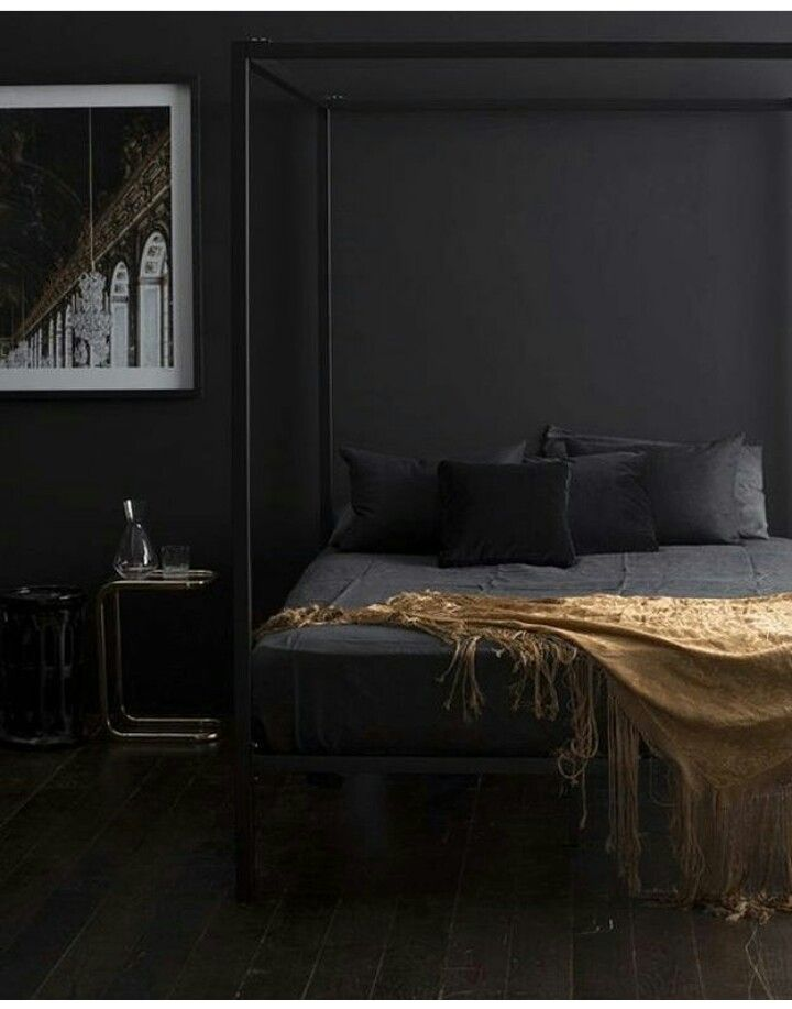 All black bedroom styling in 2019 | Black rooms, Black walls ...