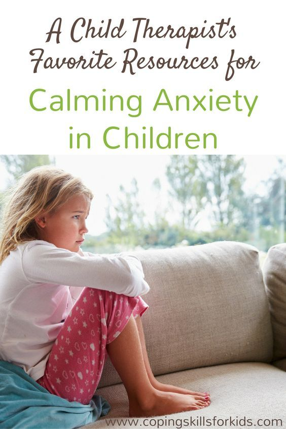 Inside: Kid tested strategies used by child therapists for calming anxiety,  including ideas to calm down, books to read and videos that can help