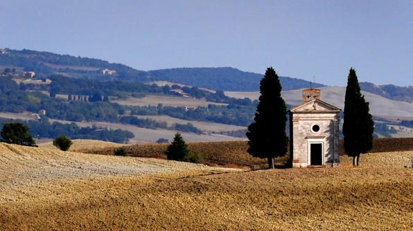 """Most photographed church in Italy … don't mind if I do. Chapel of The Madonna de Vitaleta."" -- Sybil: Churches Grand, Photographed Church, Amazing Photography, Travel Places, Beautiful Places, 2013 Photo, De Vitaleta, Chapel"